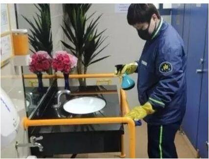 上海公厕保洁新规出台 全力以赴保卫公共卫生安全